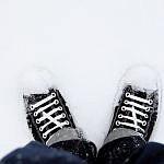 http://drobs.ru/opyat/47/kedy_sneg_obuv_2560x1600.jpg
