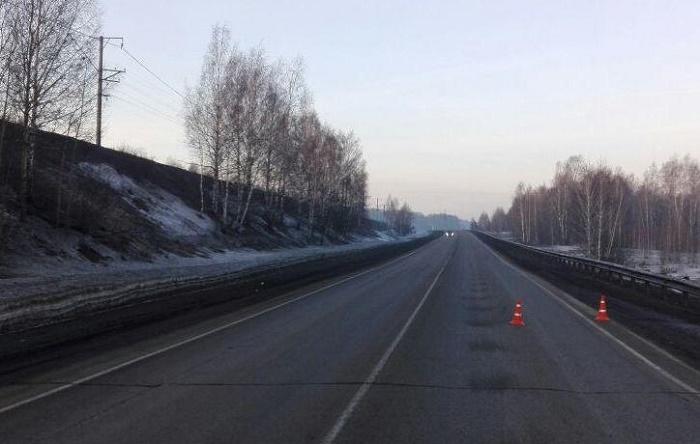 ВКемерово ищут сбившего мужчину иуехавшего сместа водителя