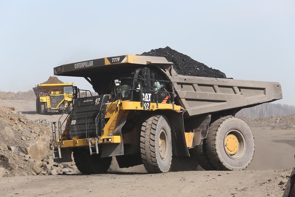 Нашахте «Распадская-Коксовая» начали добывать уголь открытым методом