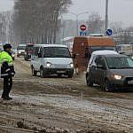 Kemerovo_pomosch_voditelyam_v_snegopad1-800x600