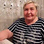 http://kuzbass85.ru/wp-content/uploads/2018/09/21-Valentina-Pavlovna-Feliksu-Syinok-priezzhay-v-gosti.jpg